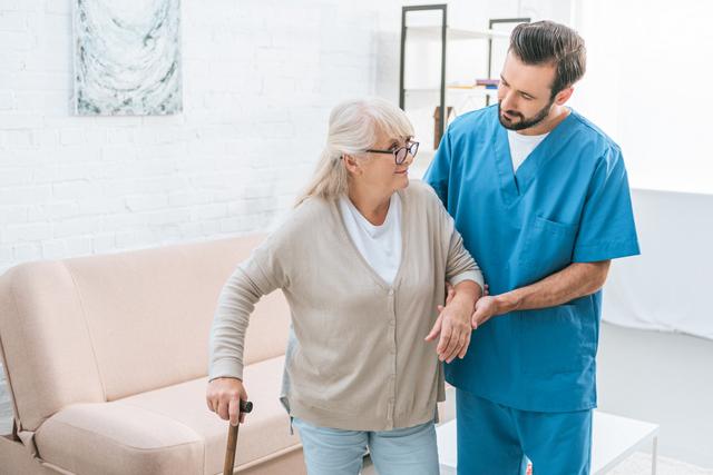 Aide-soignant : un métier aux multiples facettes !