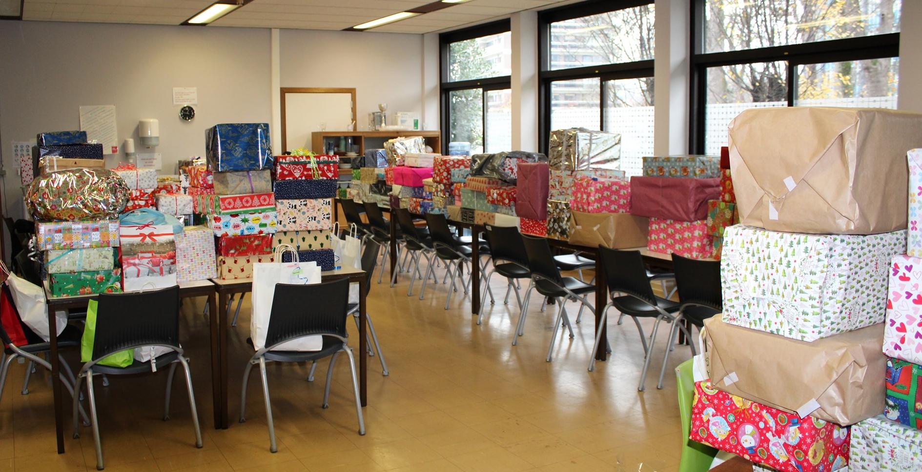 Nos élèves ont collecté 485 boîtes cadeaux pour les démunis !