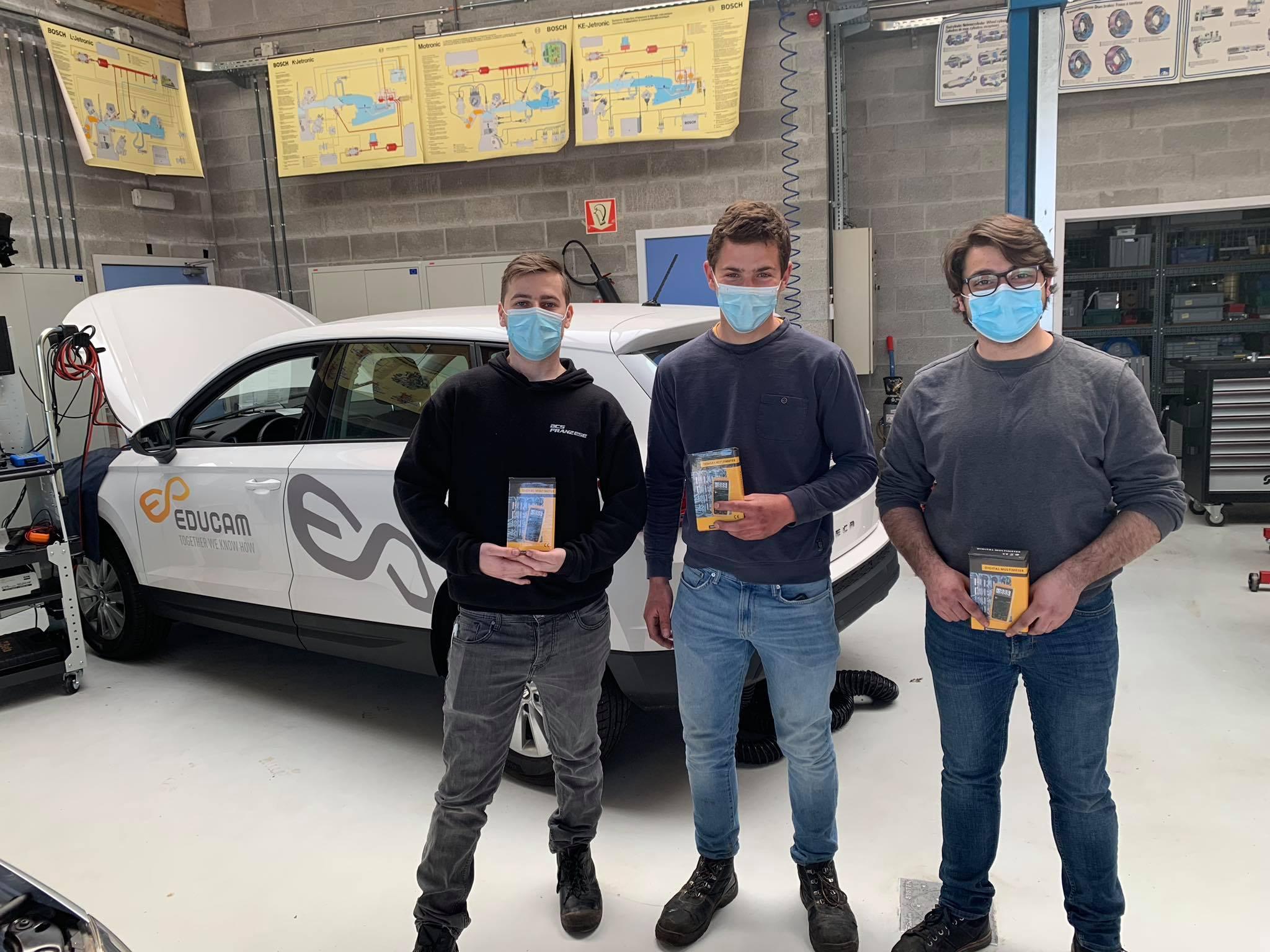 Des élèves du Lycée Provincial Hornu-Colfontaine au Startech's Days Worldskills Belgium (section Automobile)