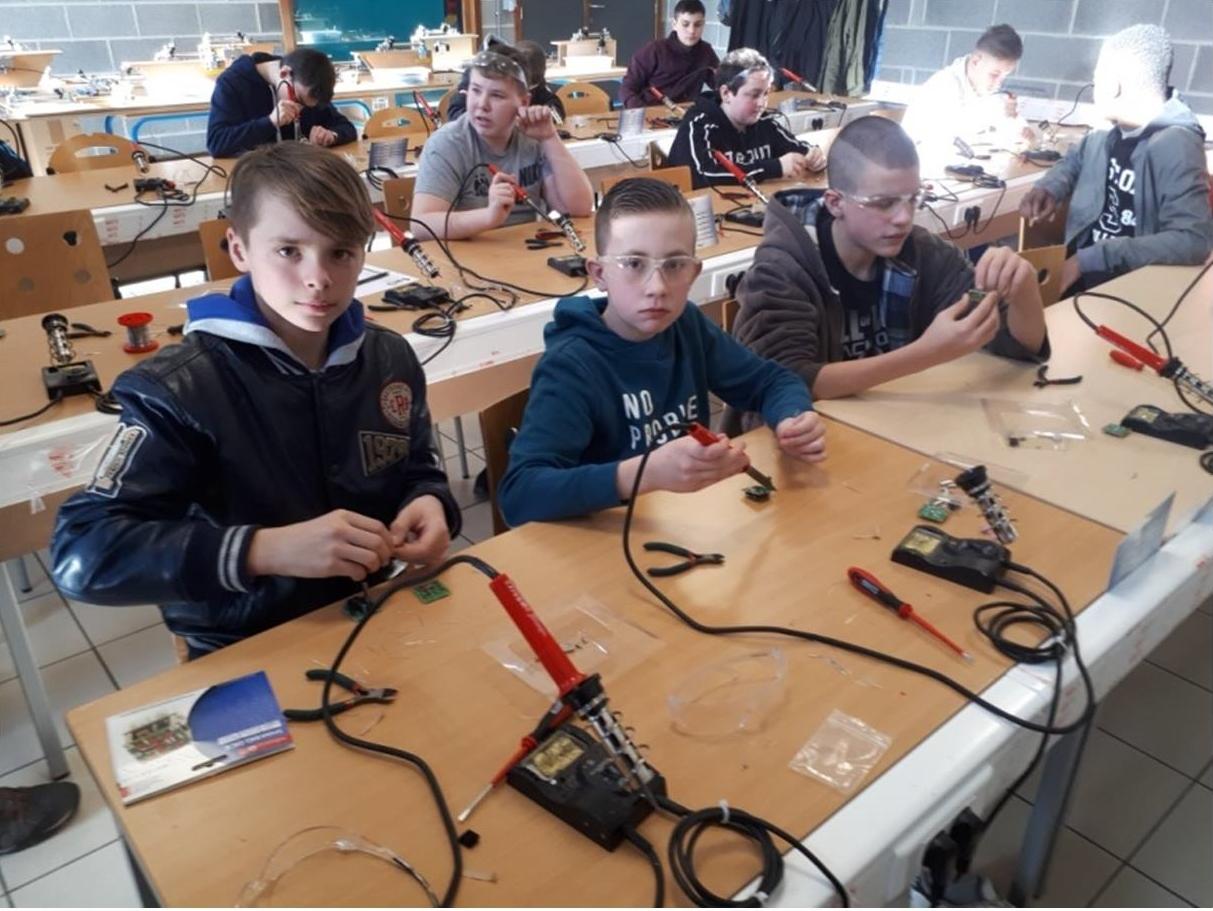 Visite des élèves du 1er degré à Technocampus