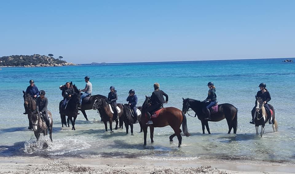 Des élèves de 6e sont parti en Corse dans le cadre du projet Erasmus+