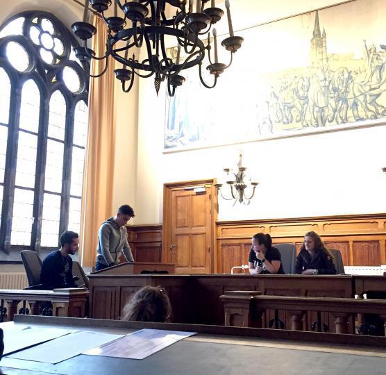 L'IPES Hurez en visite au tribunal